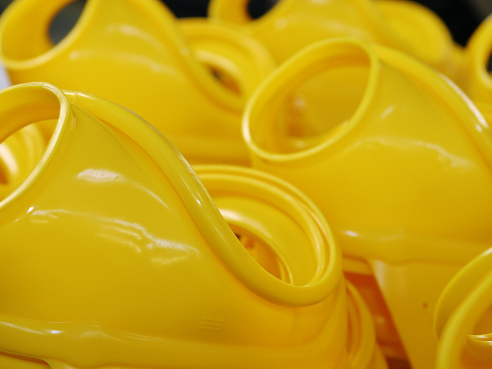 mobile version of yellow molded product